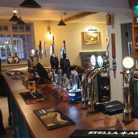 Flintham, UK: The new bar