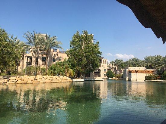 Souk Madinat Jumeirah Abra Tours