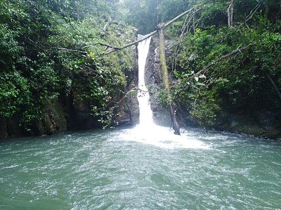 Cerro Azul, Панама: Romeo y Julieta ecoturismo natural,senderismo  mandalas ecolodge