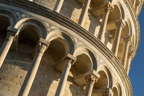 Regelmatige wijntour in Chianti en bezoek aan Pisa - delen met kleine ...