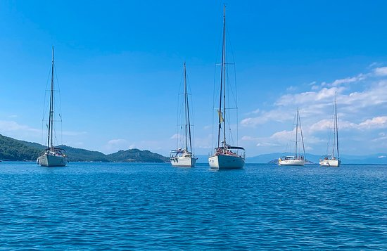 Daily sailing cruises in Thasos and Kavala!