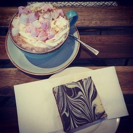 Hot Chocolate & Tiffin