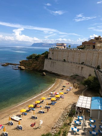 Castellammare del Golfo, Italy: Beach