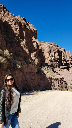 """Caras"" nas pedras - caminho para el Nihuil"
