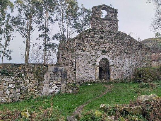 Iglesia de Santa Maria de Tina
