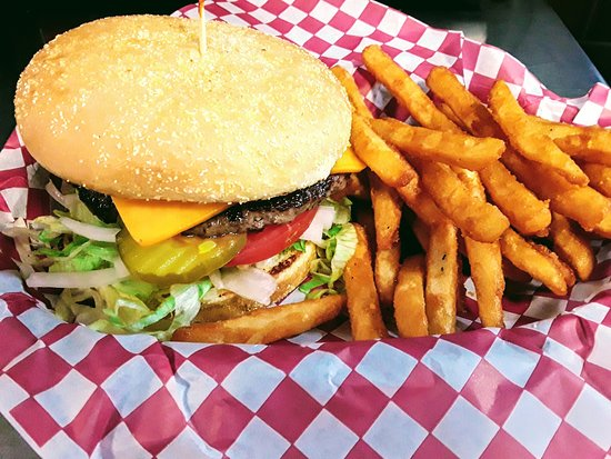 Melba, ID: Mustang Burger
