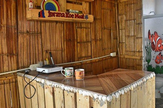Engabao, Эквадор: Cabanias Moai , interior, pequena cocina para desayunos  al depsertar @moaisurflodge