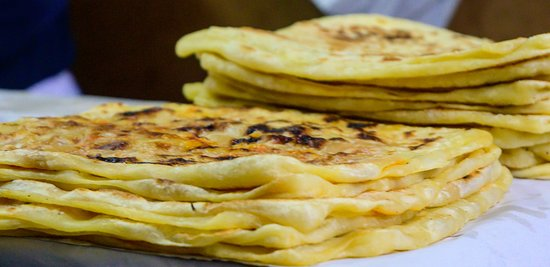Authentic Moroccan Food Tour in Marrakech with Dinner: Msemen