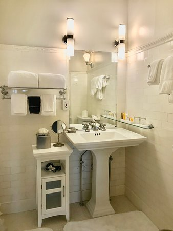 Coronado Room Bathtub Shower Combo