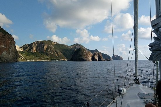 Ponza island on a sailing boat - ALL INCLUSIVE