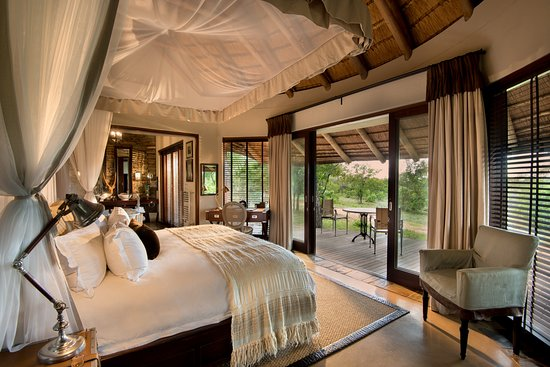 Makanyi Private Game Lodge, Timbavati Private Nature Reserve, South Africa