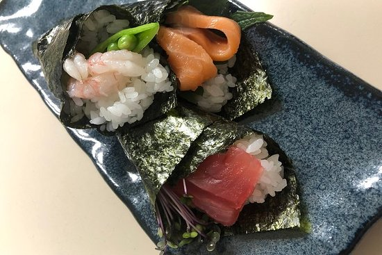 [Hand-rolled sushi experience] using Hokkaido ingredients can be easily done by more than 2 people! ! – fénykép