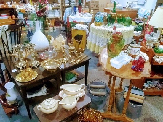 Modern Vintage Crafts & Collectibles