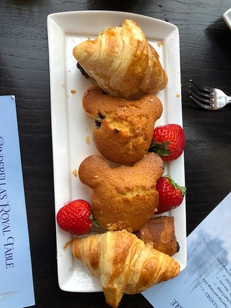 Pastries provided before main course