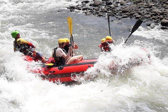 Rafting en eaux vives de classe...