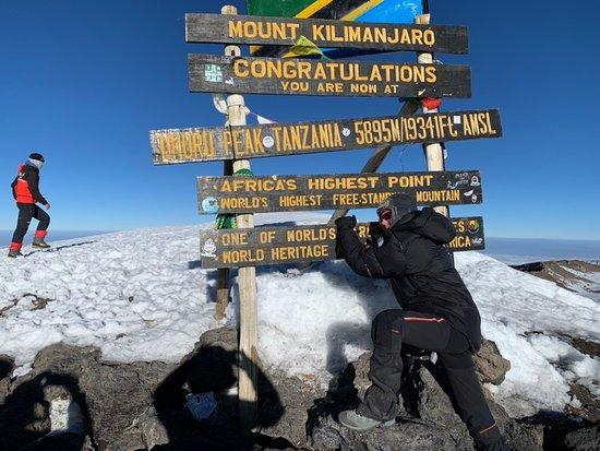 Kilimandscharo-Aufstieg über die Machame-Route: Subida a la cima del Kilimanjaro, una gran aventura
