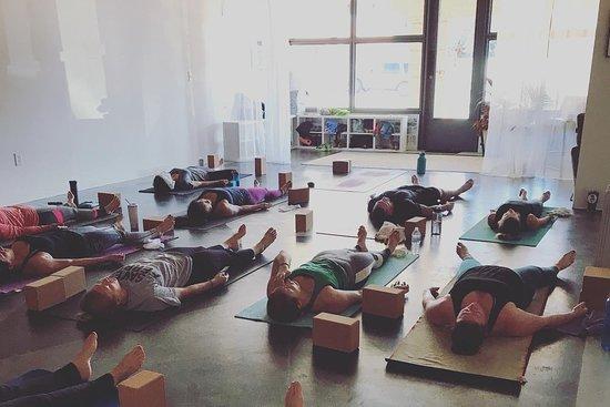 Bandaloop Yoga