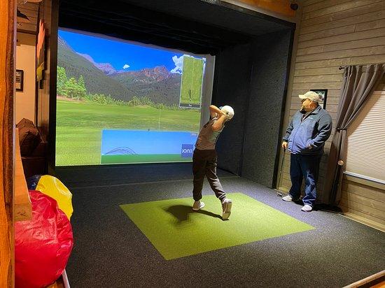 Windham Indoor Golf