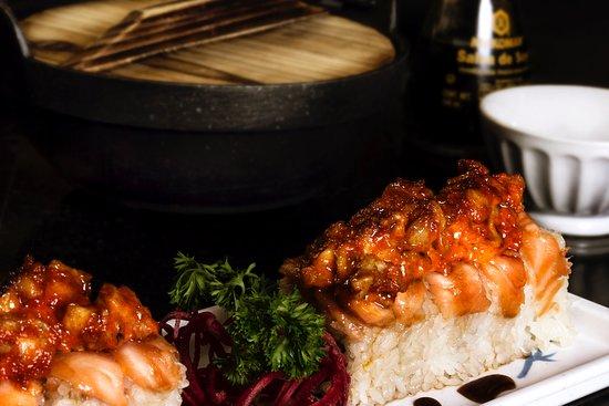 Salmon Hot Roll