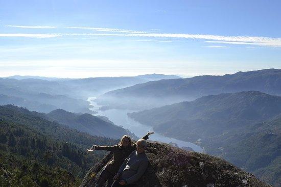 Randonnée à la Cascade de Geres au...