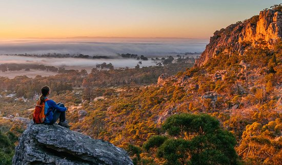 Natimuk, Austrália: Sunrise at Mt Arapiles-Tooan State Park