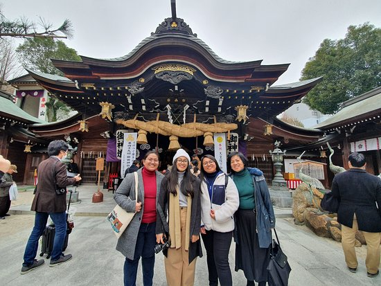 Mysterious Temples of Hakata Walking Tour: Kushida Shrine