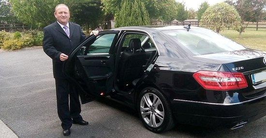 Clonmel, Irlandia: Luxury Chauffeur Driven Taxi Service