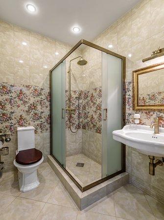 Ванная комната в семейном номере на 1-3 человек