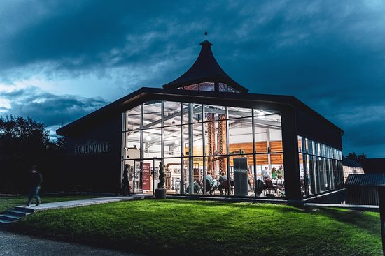 Newtownards, UK: The Echlinville Distillery Still House at night