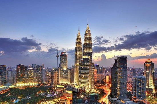 Tour di Kuala Lumpur Chartered Day