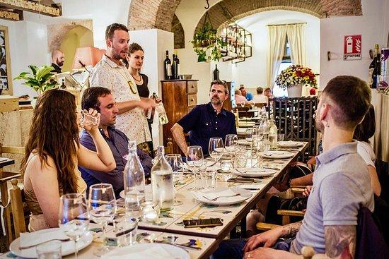 Фотография Roman Food Experience Small-Group Tour