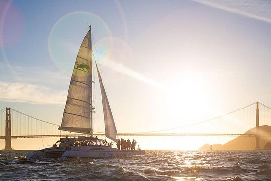 旧金山私人纳帕索诺玛葡萄酒之旅和日落湾游船