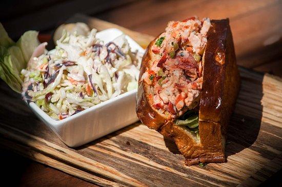 Park Chalet: Lobster Roll