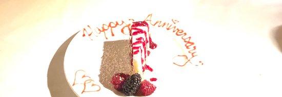 Newbury Park, Kalifornie: Our celebration cheesecake