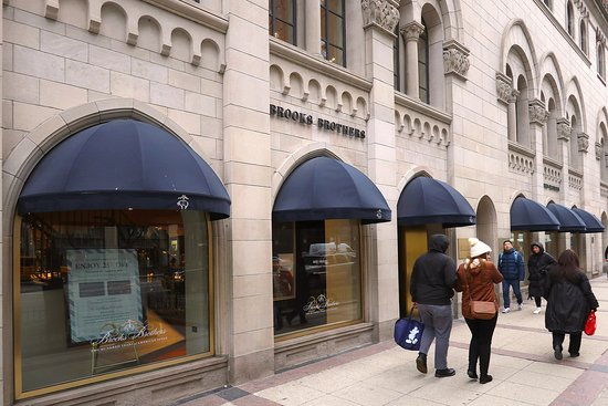 The Magnificant Mile - A Lovely, Historic, Wonderful Section of N Michigan Ave, From the Chicago River at the DuSable Bridge, to W Oak Street - Shopping, Hotels, Restaurants, Bars and So Many Architecturally Significant Buildings - World Class Shopping is Everywhere