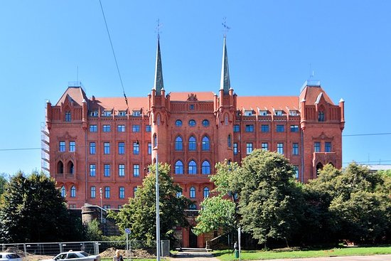 Szczecin: Underground Routes and Old Town Private Walking Tour