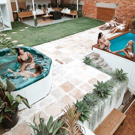Cenote Casa Bathhouse