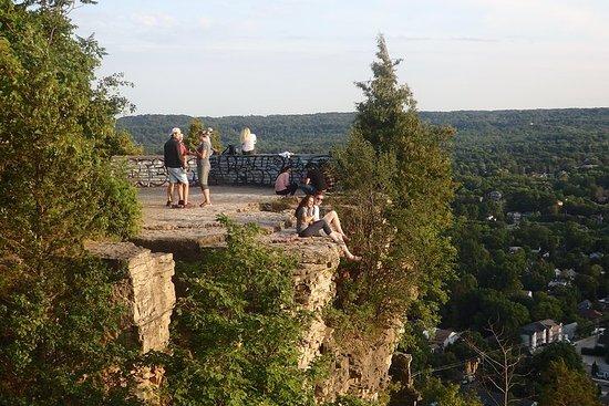 Hamilton Waterfalls & Bluffs Hiking Tour