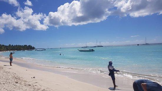 Πουέρτο Πλάτα, Δομινικανή Δημοκρατία: beach and pick up point to paradise island in Puerto Plata