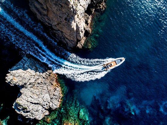 Warung Boat Tours