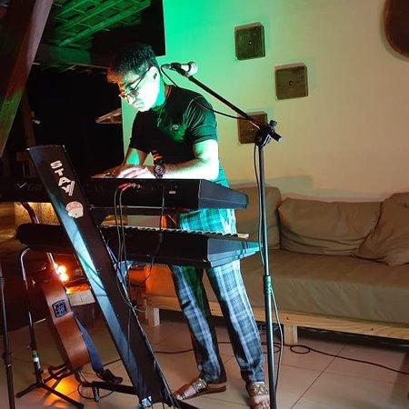 Natal, RN: Hotel Marsol Hotel Resorts  Júnior Baianno, músico, cantor e compositor