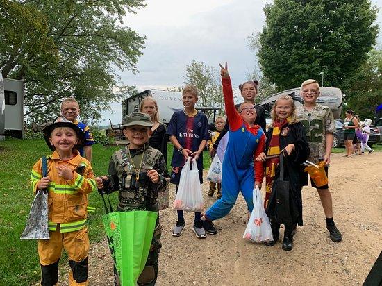 Hopkins, MI: Harvest Fest Weekend Trick or Treat