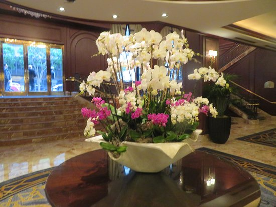 Beautiful Flowers, Lobby Area, Omni, San Francisco, CA