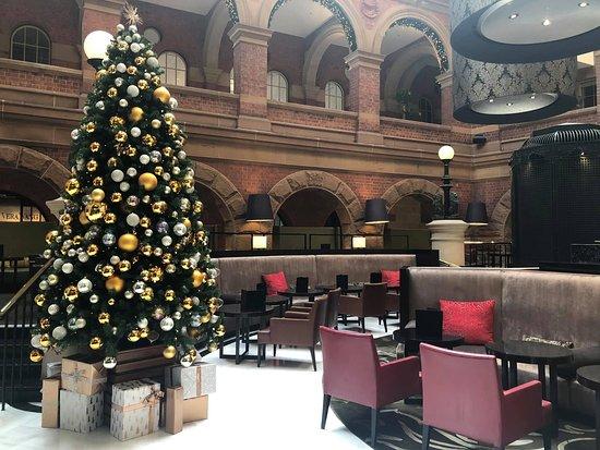 Intercontinental Sydney lobby