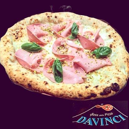 Pizzeria DAVINCI: Pistacchi & mortadella