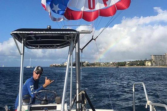 Experiencia de parasailing en Maui de Ka'anapali