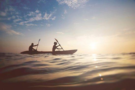 Sunset & Moonrise Kayaking – fotografija