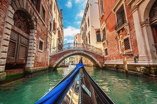 Promenade à pied dans Venise et tour...