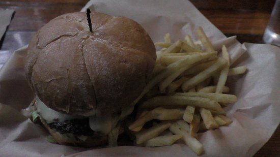 North Plains, OR: Burger