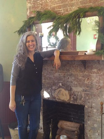 Köstliche Downtown Orlando Food Tour: Mandy Longo, our tour guide